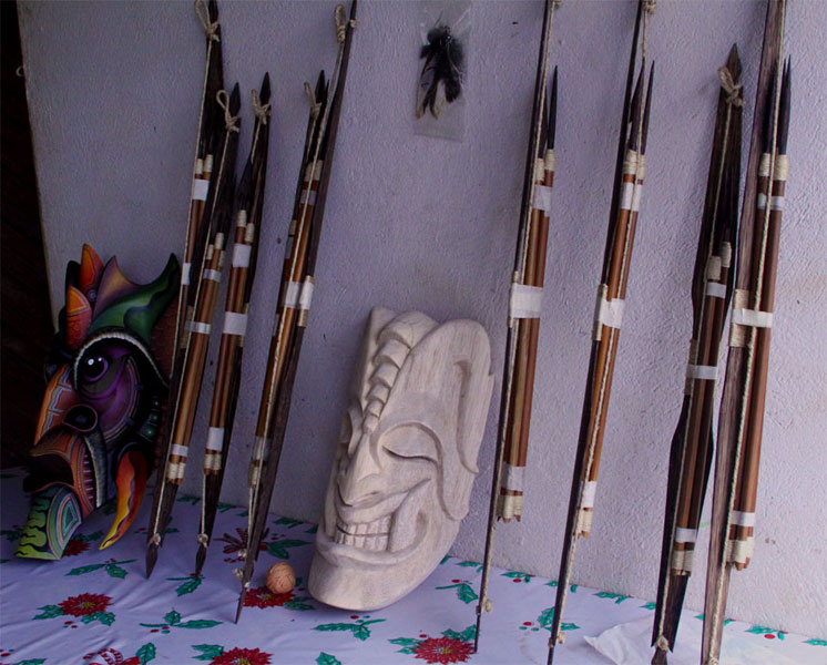 In addition to masks, Boruca artisans create other crafts such as bows and spears. All materials are hand-selected and carved by villagers.